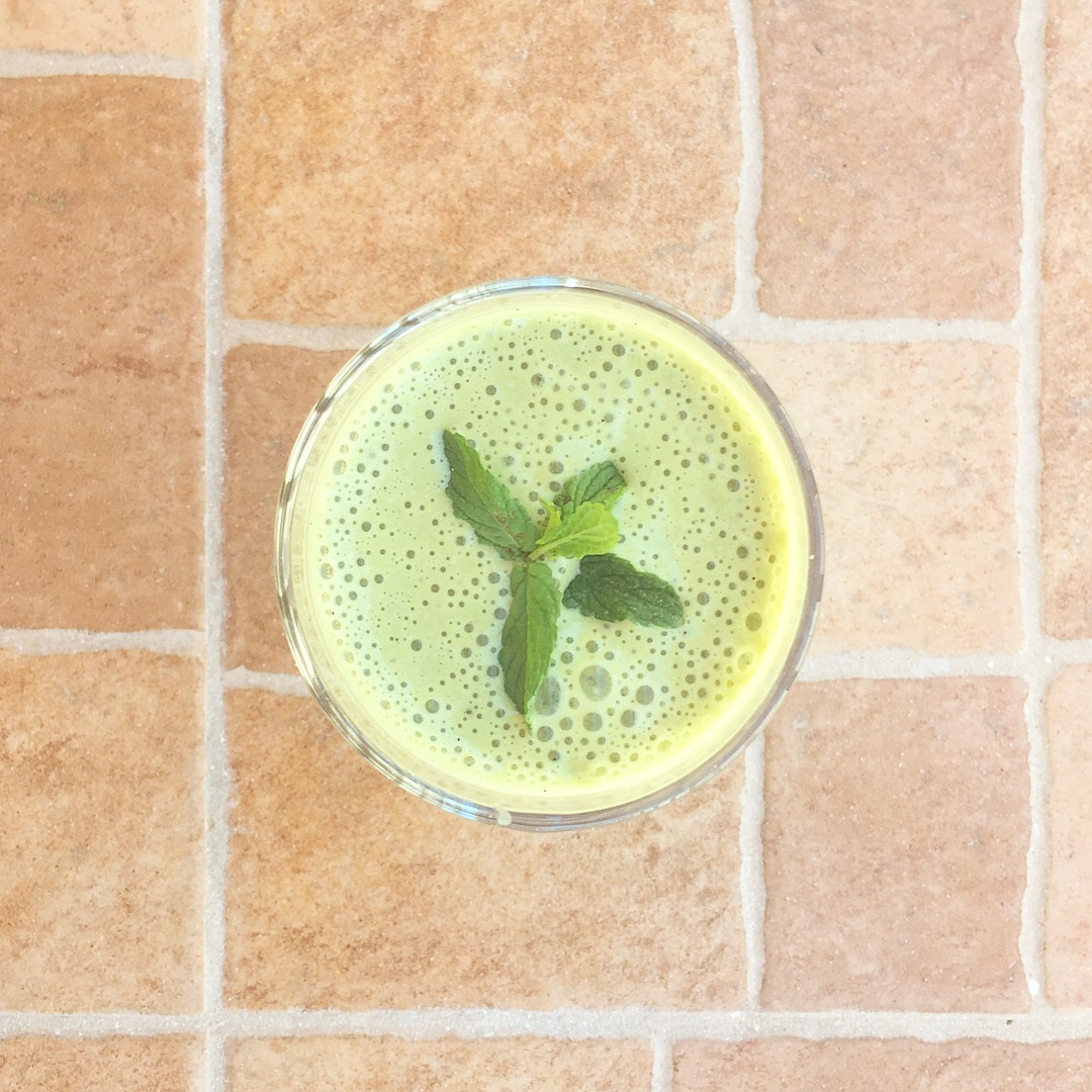 Minty Matcha Protein Smoothie